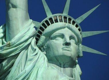 4-julij-dan-neodvisnosti-zda-kapitalizem