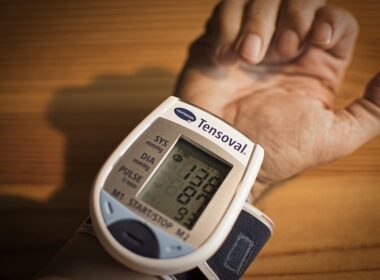 bambu kava bolecine v zelodcu visok krvni tlak