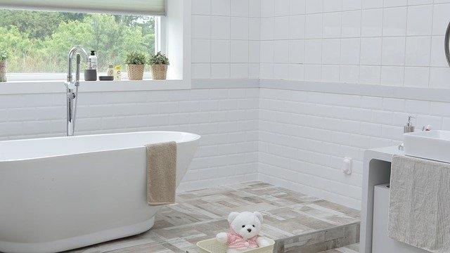prenova kopalnice bela