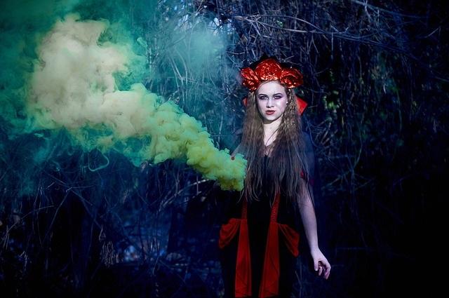 pustni kostumi vampir