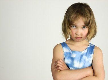 otroci obnasanje