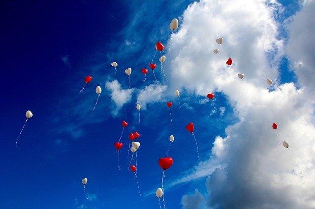 partnerski odnosi par baloni