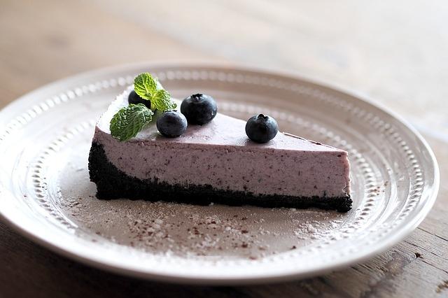 recepti borovničeva torta