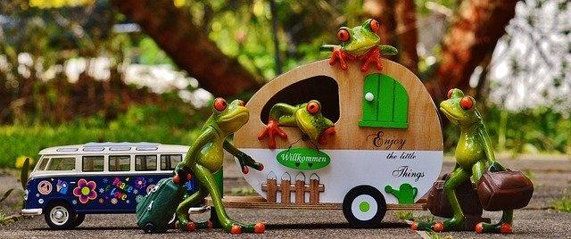 potovanje z avtodomom žaba