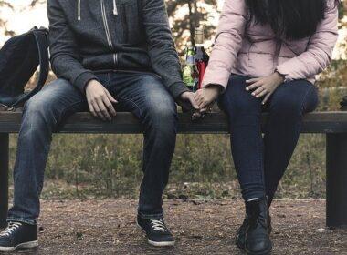 zlorabljajoč odnos