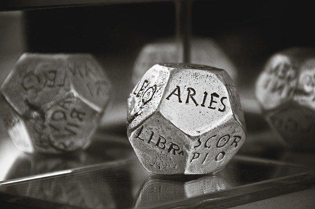 horoskop numerologija zdravje potovanja kocka