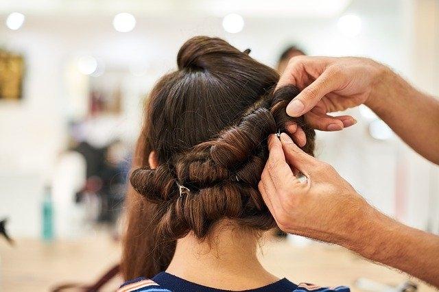 frizerski saloni frizerstvo frizure navijalke