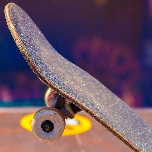 bmx rolanje rolkanje skatepark skiro šport urbani šport val