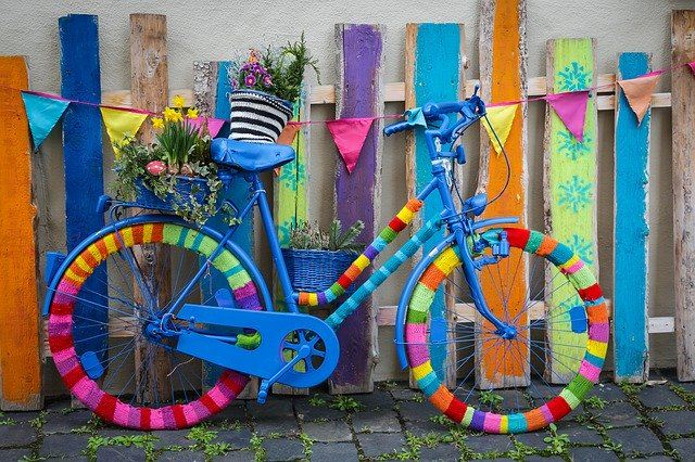 kvačkani izdelki kolo barve
