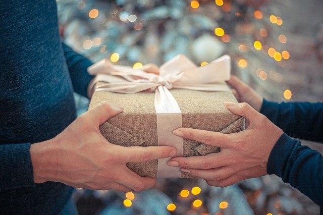 darilo za babico roke