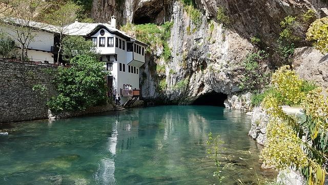 bosna hercegovina mostar-titovo-atomsko zakonišče restavracija