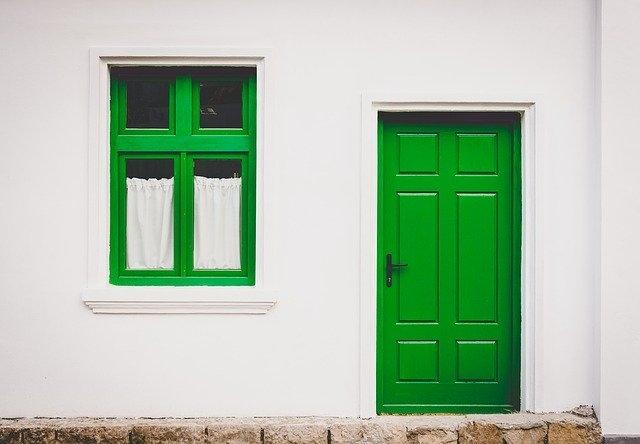 vhodna vrata zelena
